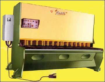 Shearing Machine (Mechanical/Pneumatic/ Hydraulic)