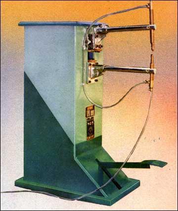 Pedal Operated Rocker Arm Type Spot Welding Machine