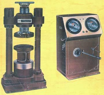 Portable Compression Testing Machine
