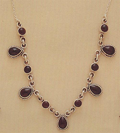 Cab Stone Necklace