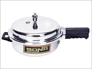 SONA ACTIVA 3.5, 4.5, 6 Ltr (Pressure Pan Type Outer Lid Pressure Cooker with GRS)
