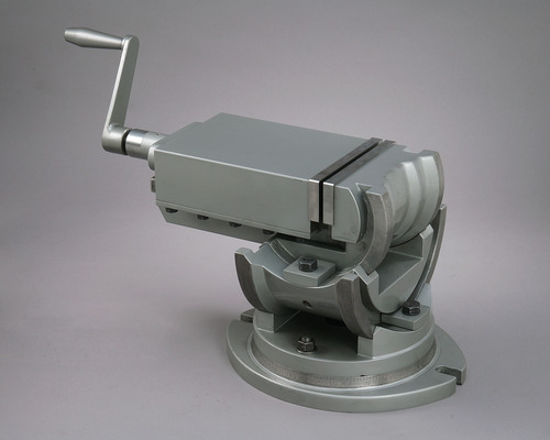 Swivel & Omni Tilting Machine Vice (3 Way)