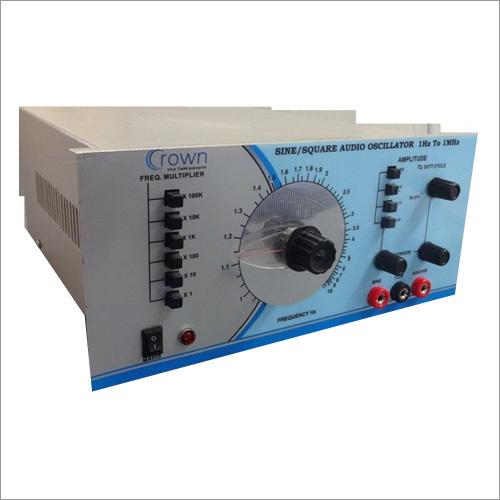 Wide Range Sine Square Oscillator 1Hz to 1MHz
