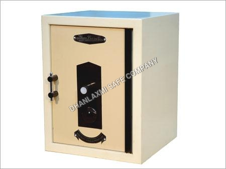 Single Door Safe
