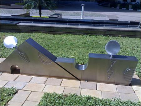 Stainless Steel Contemporary Art Sculpture