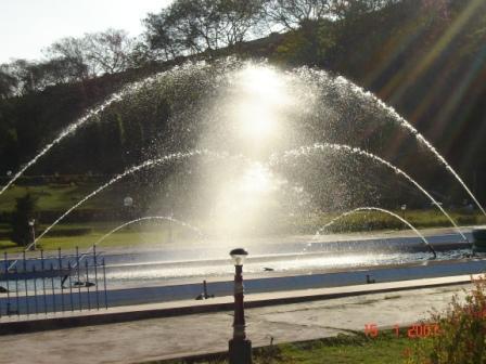 Vertical Jet Fountain