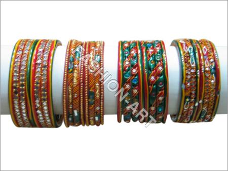 Lac/stone bangles