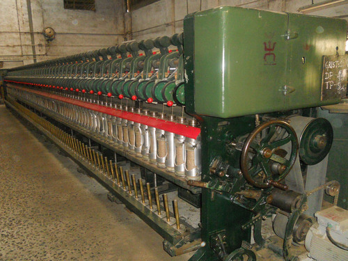 Four Quarter Spinning Machine