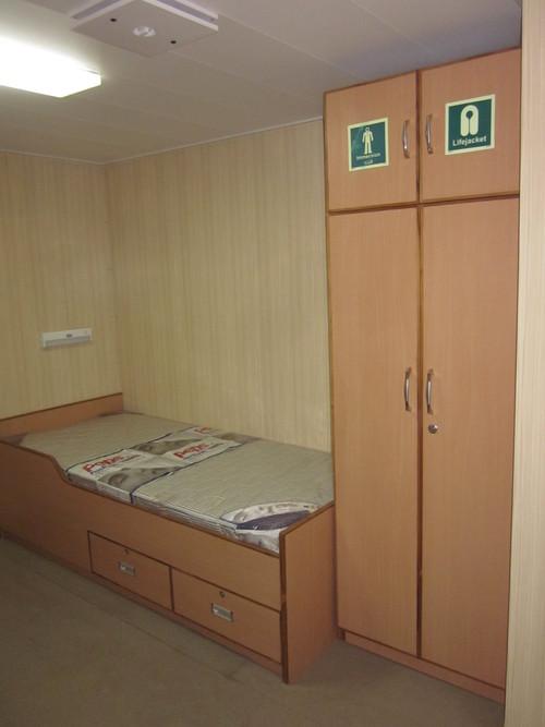 Cabin Bed & Ward robe