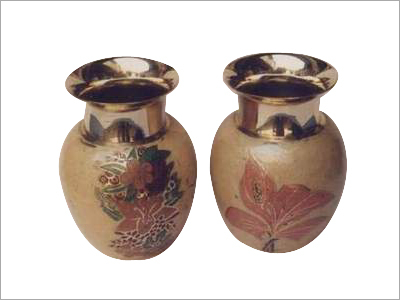Metallic Handicraft Items