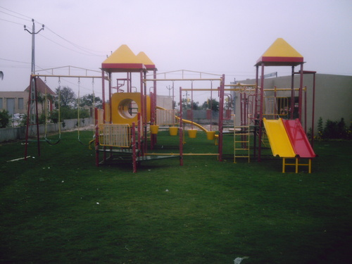 Playground Multiplay Systems