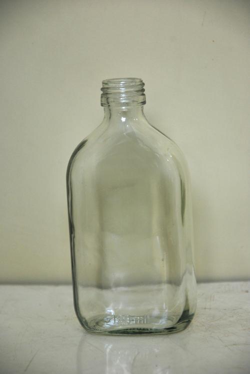180 ml Flat  Glass Liqure  Bottles