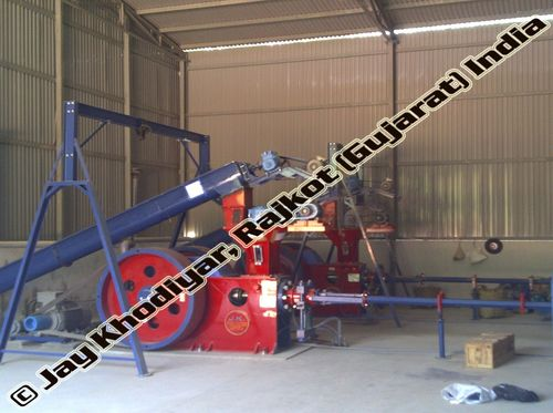 Jumbo Briquetting Press Machine
