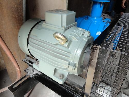 Lobe Compressors Assembly