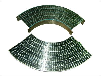 Magnetic Radial Corner Bends