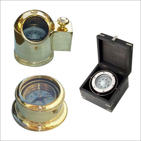 Helmet Compass