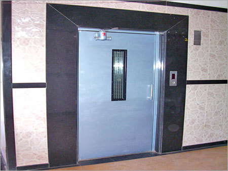MS Swing Elevator Door