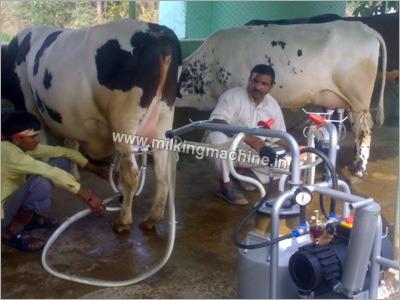 Cow Milking Machine