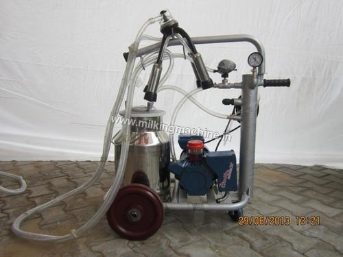 Mobile Trolley Milking Machinery