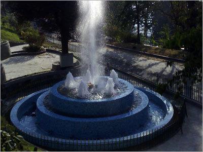 Heavy Jet Fountain