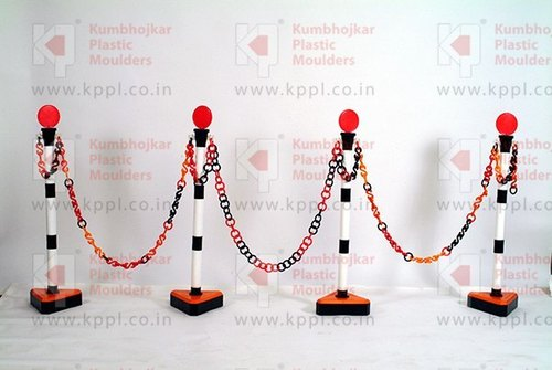Stand Chain Barrier