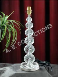 DIAMOND CUT BALL TABLE LAMP