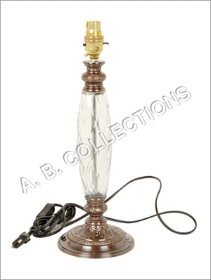 ROUND EMBOSSED BASE GLASS LAMP