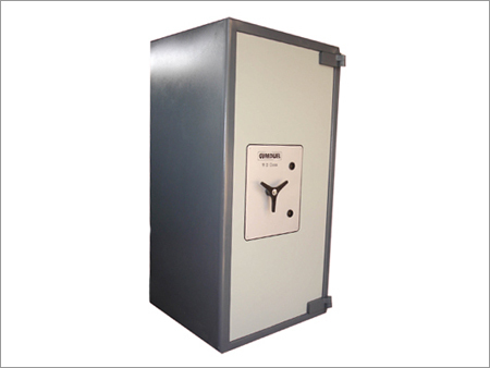 TORCH AND TOOL RESISTANT SAFES