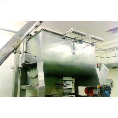 Ribbon Mixer With Conveyor