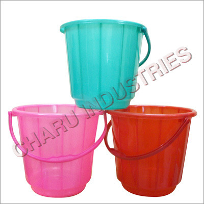 Plastic Plain Buckets