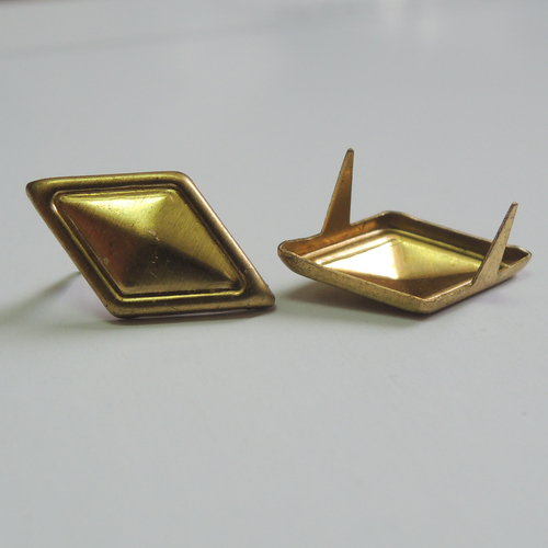 16*9MM Rhombus Brads for Decoration (HD2290-18)