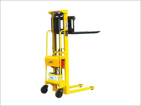 Semi Electric Hydraulic Stacker (DH)