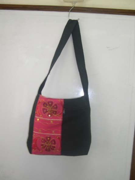 Embroidered Canvas Shoulder Bags