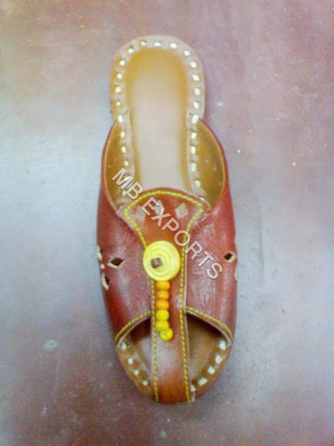 leather sandals for ladies in india