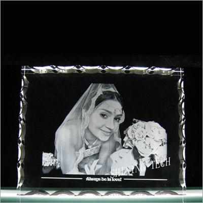 2D Crystal Photo Frame Engraving