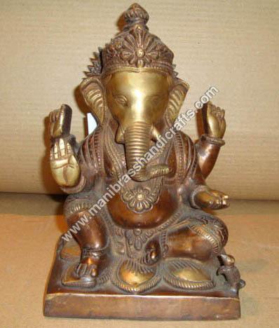 Ganesh Sitting On Lotus
