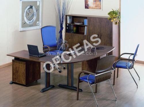MD's Desk with Rack