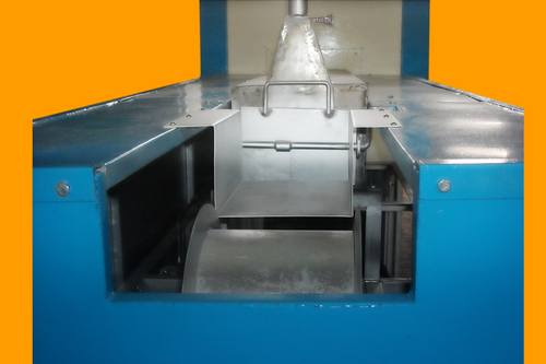 Heavy Heat Treatment Furnace Application: For Industrial Use