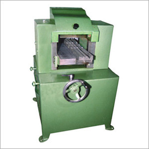 Extra Moulding Machine