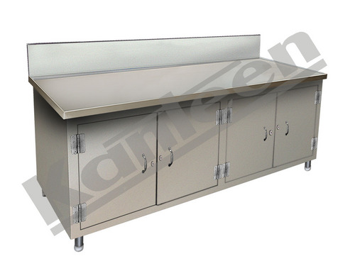 WORK TABLE WITH 3 SIDES COVERED & FRONT SLIDING DOOR