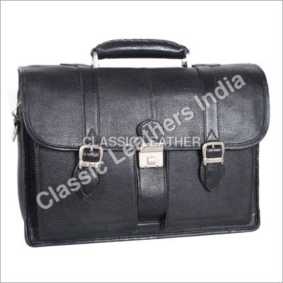Leather Travelling Bags
