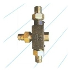 Bronze Steam Injector Square Body