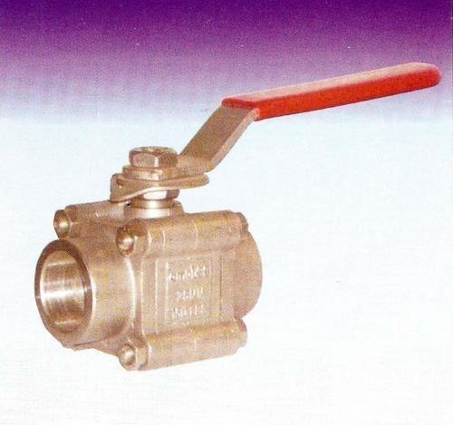 Screwed End Ball Valve - 3 PC