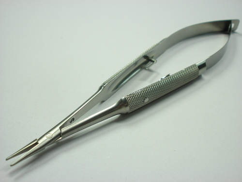Barraquer Needle Holder
