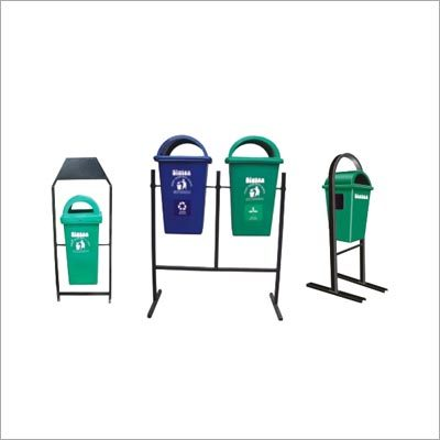 Stand Mounted Bins