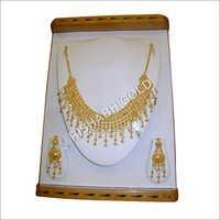 Ladies Gold Jewelry Set