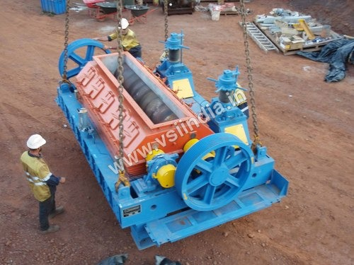 Toothed Double Roll Crusher