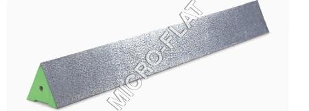 CAST IRON PRISMATIC/TRIANGULAR STRAIGHT EDGES