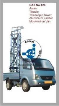Tiltable Telescopic Tower Aluminium Ladder Mounted on Van