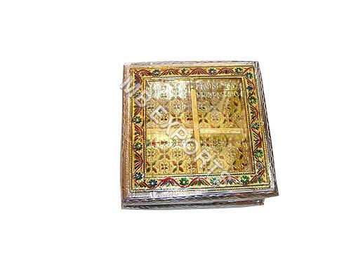 white metal gold plated jewlery box